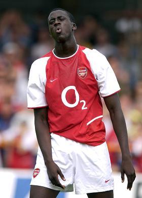 Yaya Touré in Arsenal-shirt